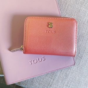 Auth. TOUS Peach Shimmer Patent Leather Card Case